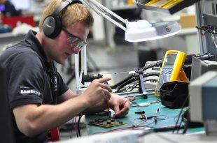 Junge Fachkräfte fit für die digitale Zukunft in der Arbeitswelt machen