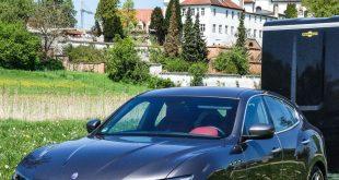 319511 310x165 - Pferdeanhänger-Zugfahrzeug Maserati Levante auf Mit-Pferden-reisen