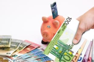 Geld sparen 310x205 - Rabattcodes und Gutscheine: Bares Geld beim Einkauf sparen