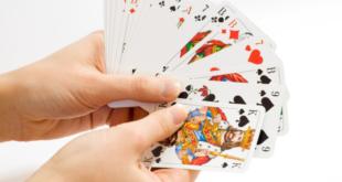 Kartenspiel 310x165 - Der deutsche Spielemarkt wächst und wächst
