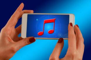 Kabelloses Laden des Smartphones schadet dem Akku